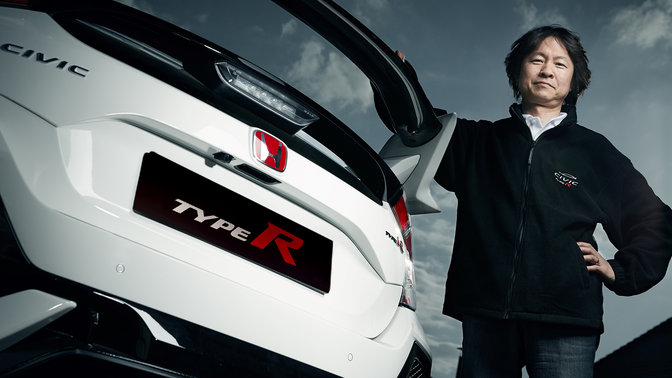 Hideki Kakinuma with rear three-quarter facing Honda Civic Type R.
