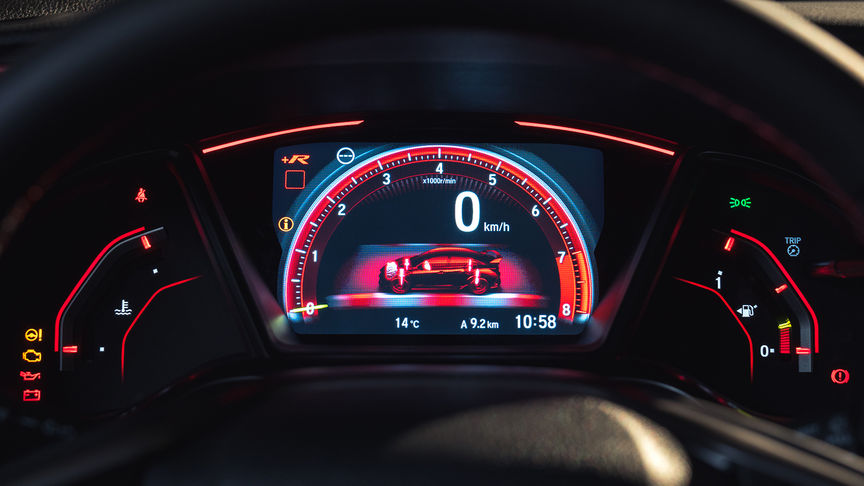 Close up of Honda Civic Type R dials in +R mode.