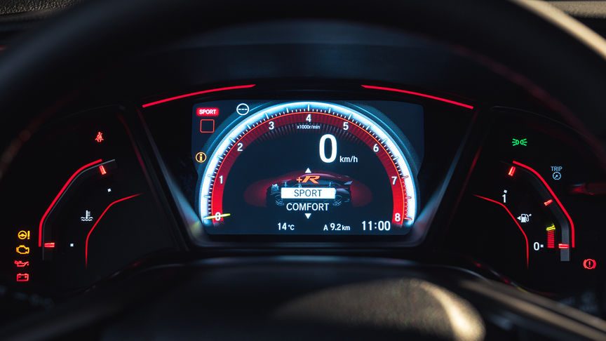 Close up of Honda Civic Type R dials in Sport mode.