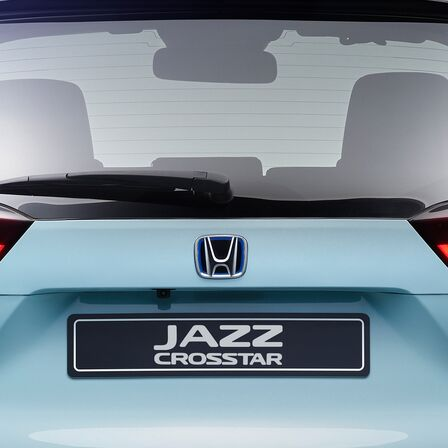 Close up of the back of Honda Jazz Crosstar