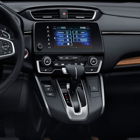"Side view of the Honda CR-V 7"" infotainment system."