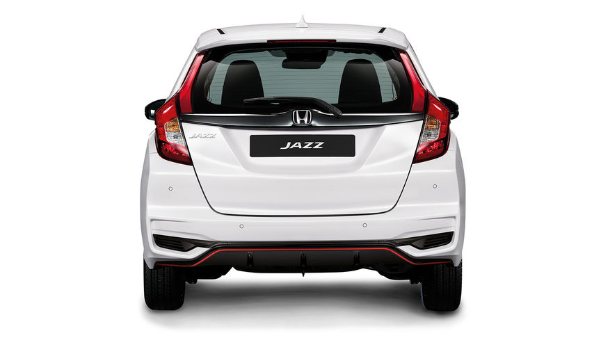 Rear facing Honda Jazz Dynamic.