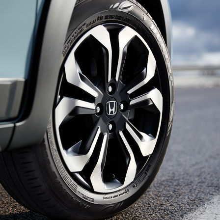 Close up of Honda Jazz Wheel