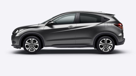 Side facing Honda HR-V.