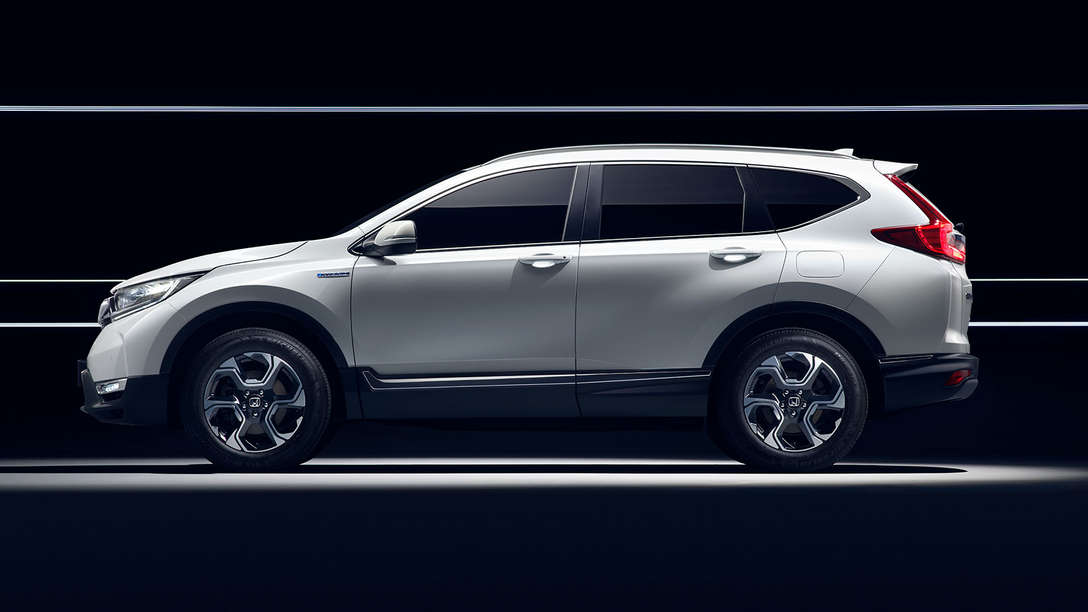 Side view of Honda CR-V Hybrid car.