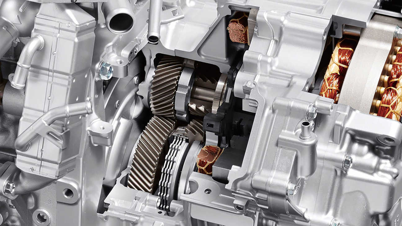 Close-up of Honda Hybrid Engine-linked Clutch.