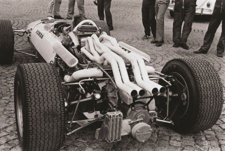 Rear three-quarter facing Honda RA273.