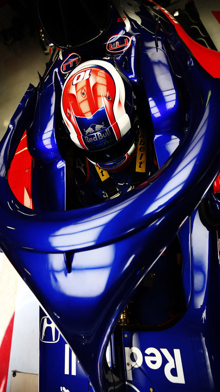 Close up of Honda Toro Rosso with driver.
