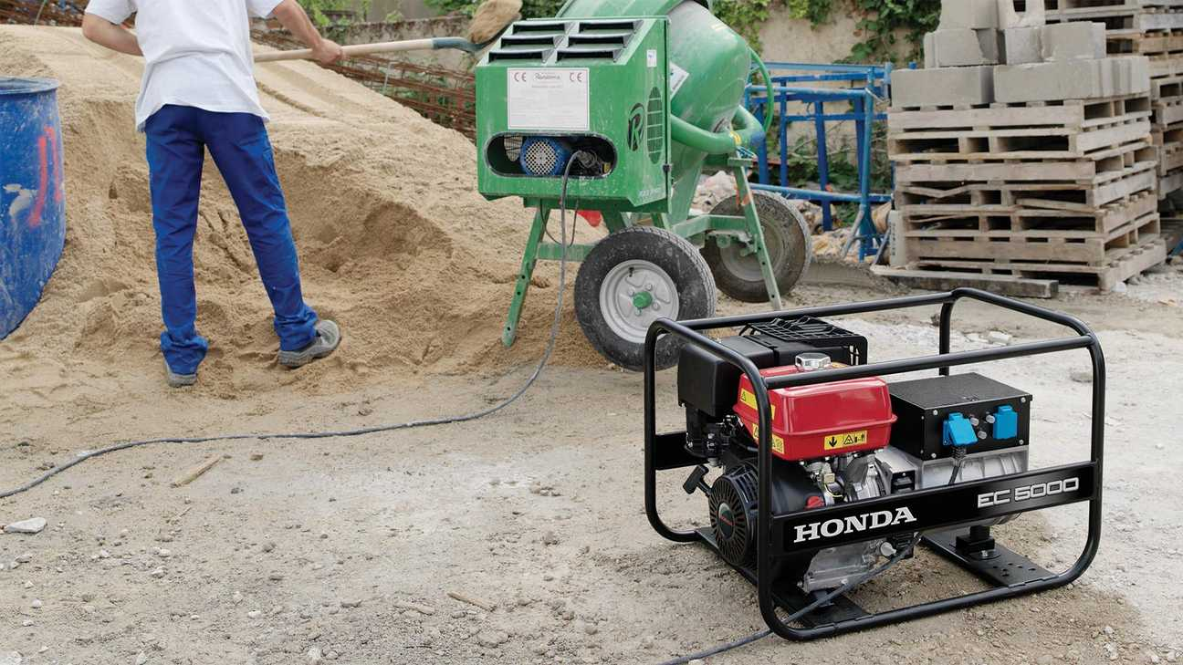 honda open frame power generator being used on a construction site