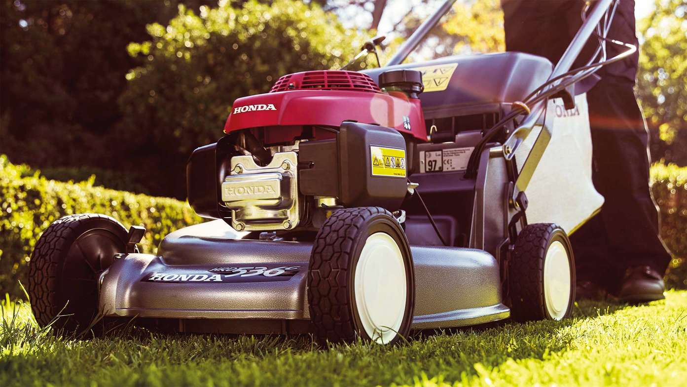 Honda Hrd A Reliable Professional Lawn Mowers Uk Mower Fuel Filter With Our Powerful Pro Spec Engines And 53 Cm Wide Heavy Duty Aluminium Cutter Decks Lawnmowers Are Robust The Choice