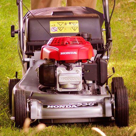 Honda HRD | Robust Professional Lawnmowers | Honda UK