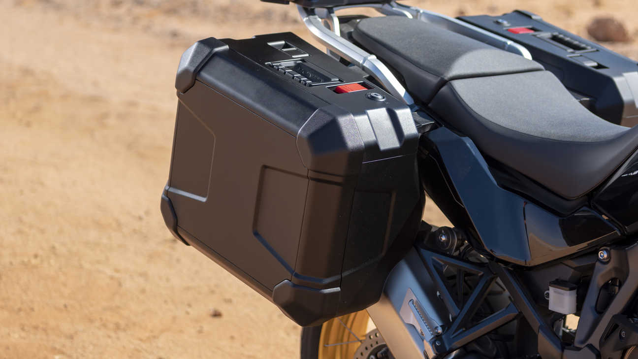 Honda Africa Twin, zoom on pannier