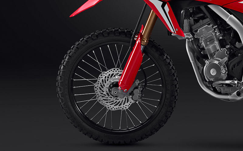 CRF250L zoom on front suspension
