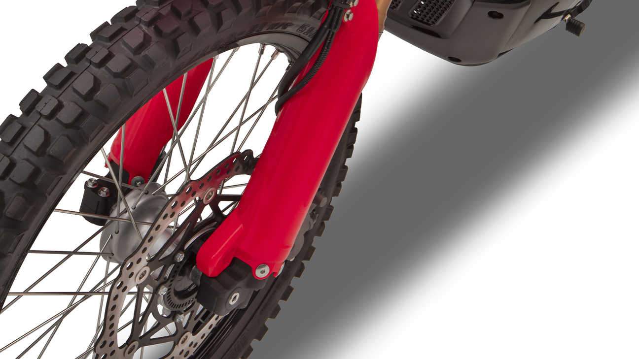 Honda CRF300 Rally Floating front disc with ABS