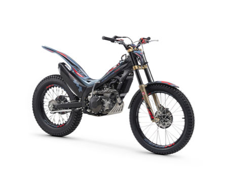 Three quarter right side Montesa Cota 301RR