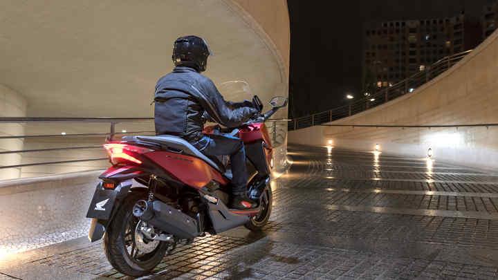 Forza 125 | High Performance 125cc Scooter | Honda UK