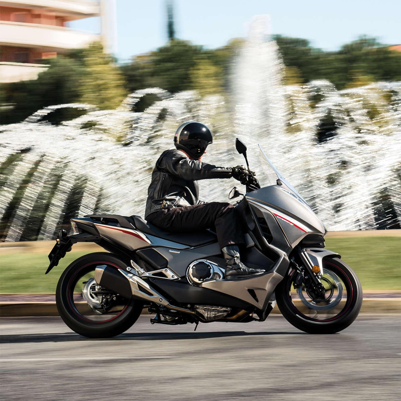 Honda Integra Scooter With Motorbike Power Honda Uk