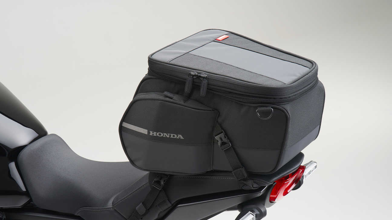 CB1000R Black Edition, REAR SEAT BAG