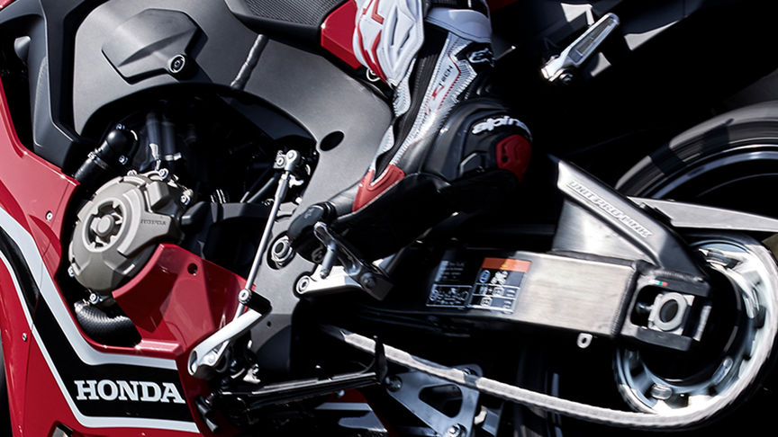 Close up shot of Honda CBR1000RR (optional) Quickshifter.
