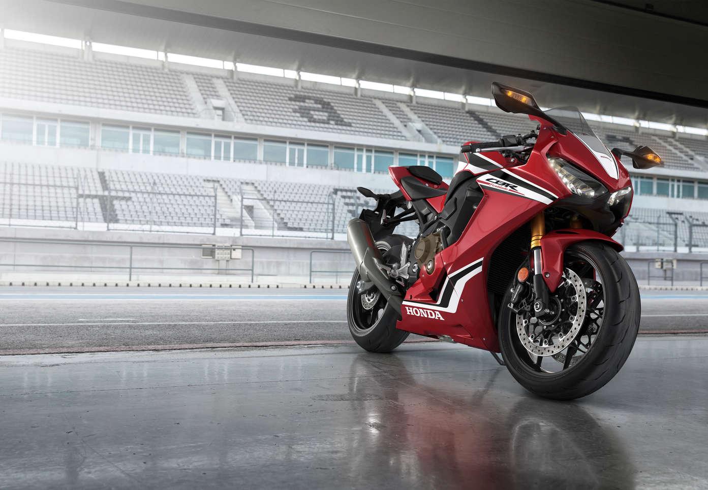Overview Cbr1000rr Fireblade Super Sport Range Motorcycles