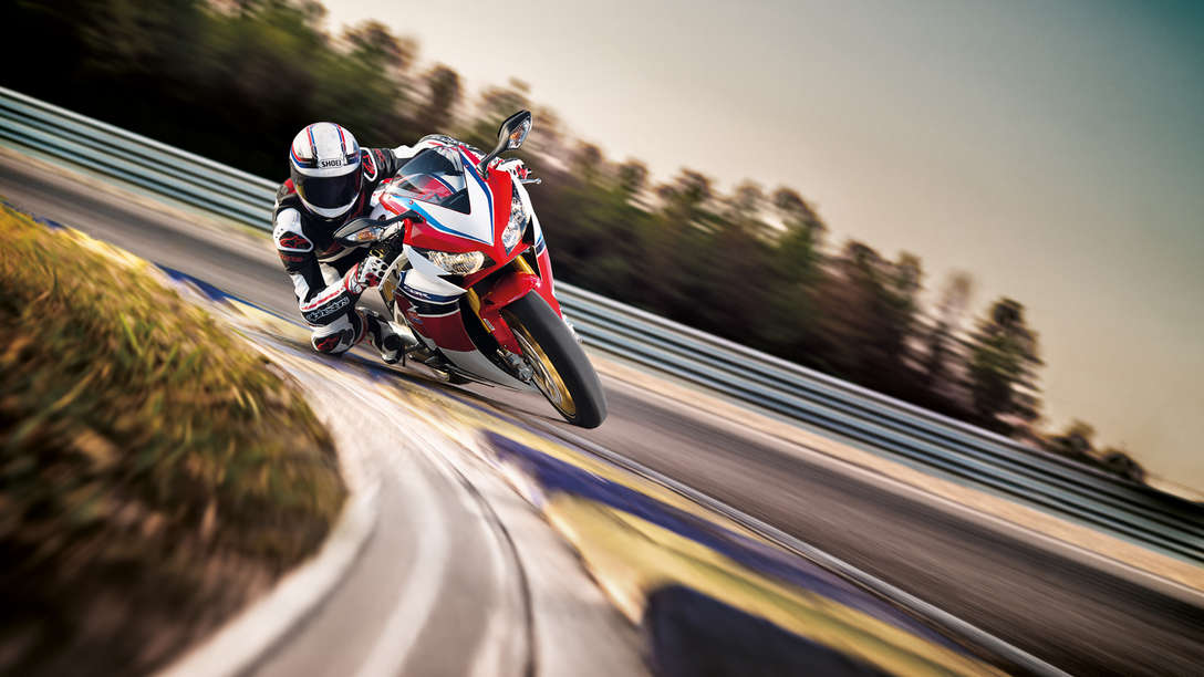 Super Sport CBR1000RR, Fireblade SP, Dynamic, Location, Tricolour, Front
