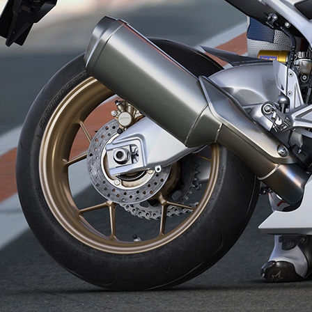 CBR1000RR Fireblade SP zoom on exhaust pipe