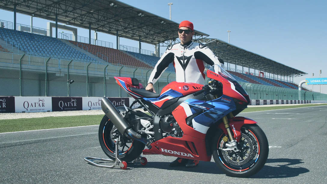 Lean Haslam stood next to the 2020 CBR1000RR-R Fireblade SP