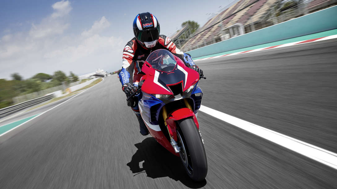 Honda CBR1000RR-R Fireblade SP, front face, zoom on highlights