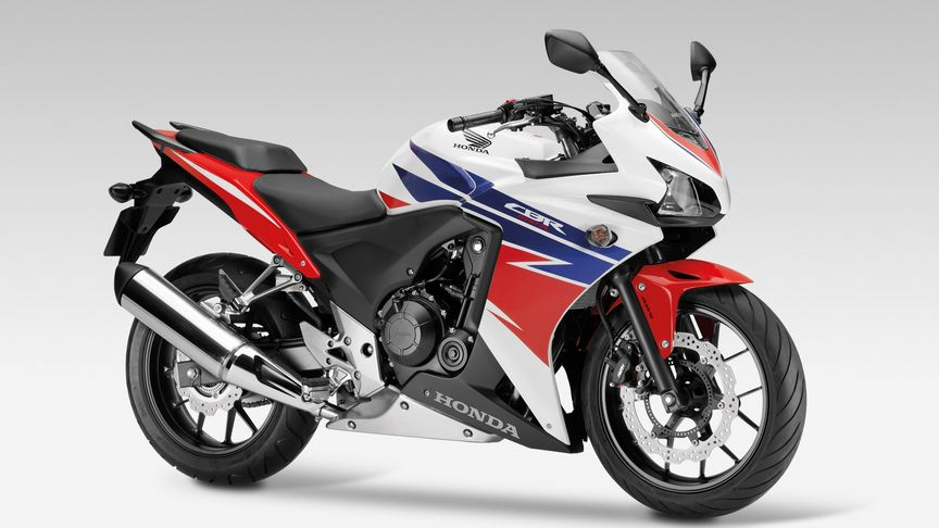 Front 3-quarter view, CBR500R, right facing.