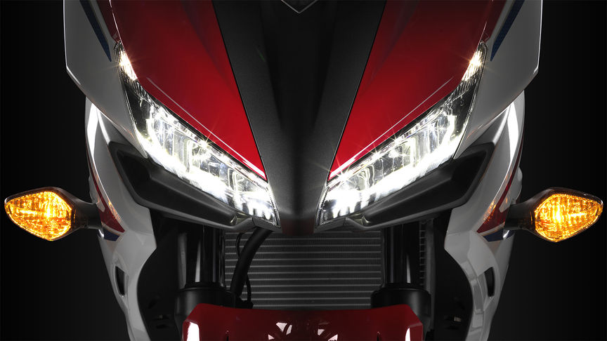 CBR500R lights close up