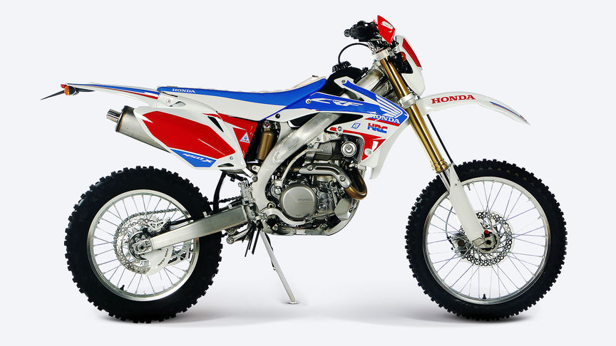 Side on, right-facing red CRF450X.